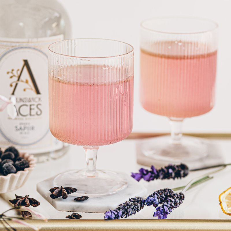 Blueberry and lavender fizz