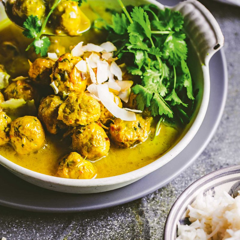 Turmeric coconut curry with chicken meatballs