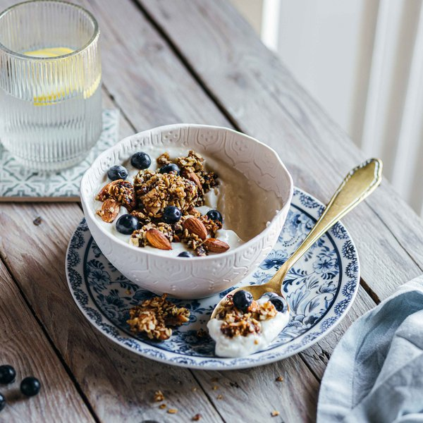 Chunky salted date granola